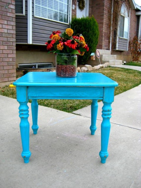 Fabulous TurQuoise Wood  End Side Table Unique Furniture  Piece ShabbY ChiC FREE SHIPPING  Greyhoud Bus Depot USA