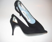 1950s Black Velvet  pumps/  bombshell pin up heels / cutout with bows sz 6 N