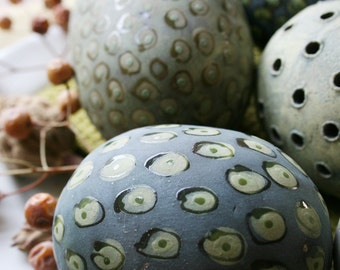 Group of five decorative ceramic spheres (eggs) in dark blue, lime and chartreuse 20