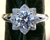 CERTIFIED - UNIQUE Flower Rose Diamond Engagement or Right Hand Ring - 2.00 carat - Plain band - fL02