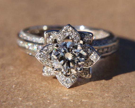 Gorgeous UNIQUE Flower Rose Diamond Engagement Ring - 2.50 carat - 14K  white gold - wedding. ◅