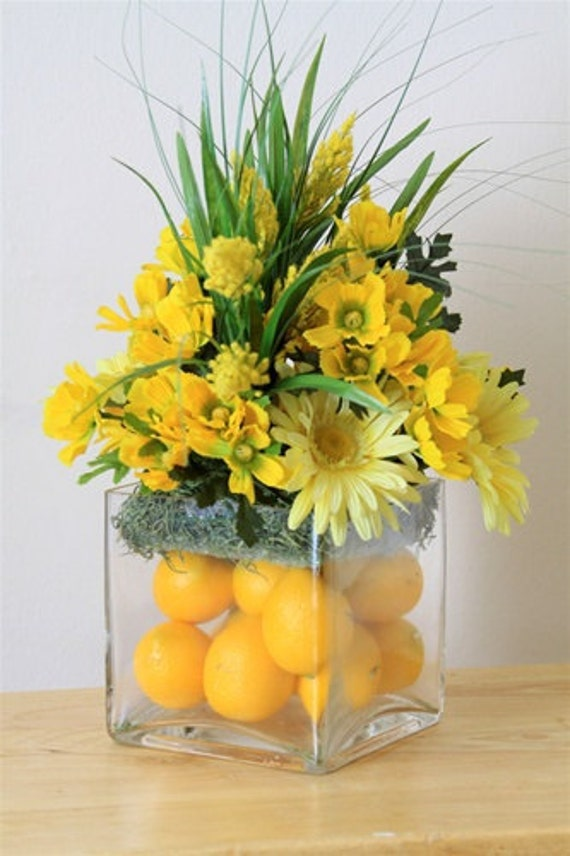 Golden Glories Lemon Centerpiece
