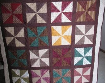 Pinwheel Lap Quilt