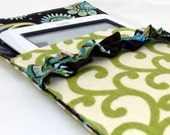 Sew. Simply.Creative NOOK or Kindle cover  - Green Scroll