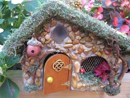 Celtic Fairy House With Door That Opens