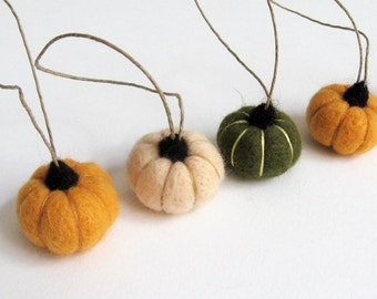 Miniature vegetable, felt pumpkins :  needle felted pumpkin ornaments (persimmon, peach, dark forest green) cottage chic, rustic decor