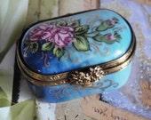 VINTAGE LIMOGES BOX Pinkest Ever Roses on Faded Blue