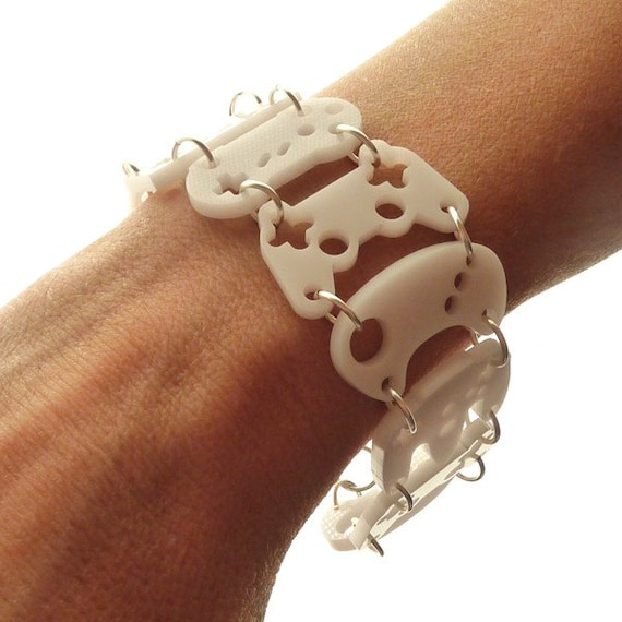 Controller bracelet - white with silver rings