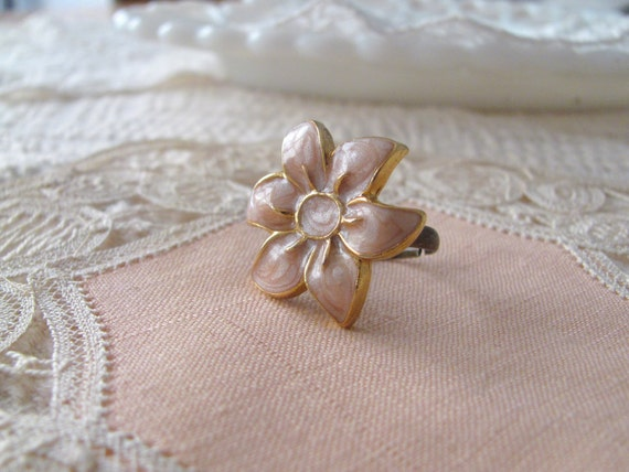 Pink and Gold Vintage Flower Ring