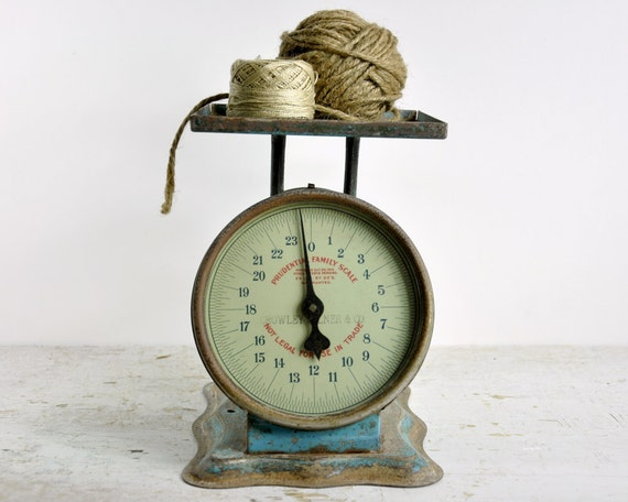 Vintage rustic scale blue metal kitchen scale by for Rustic kitchen scale