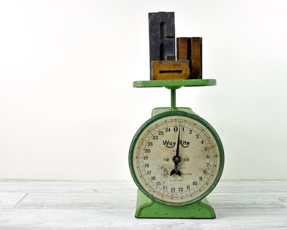Vintage Rustic Green Metal Scale / Industrial Decor / Kitchen Scale