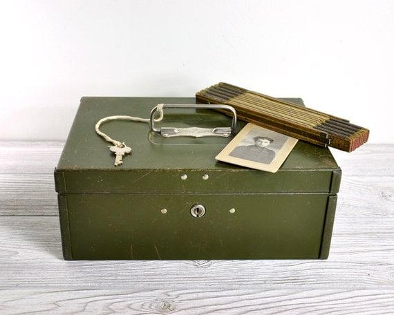 Vintage Cash Box with Key / Army Green Cash Box / Industrial Storage