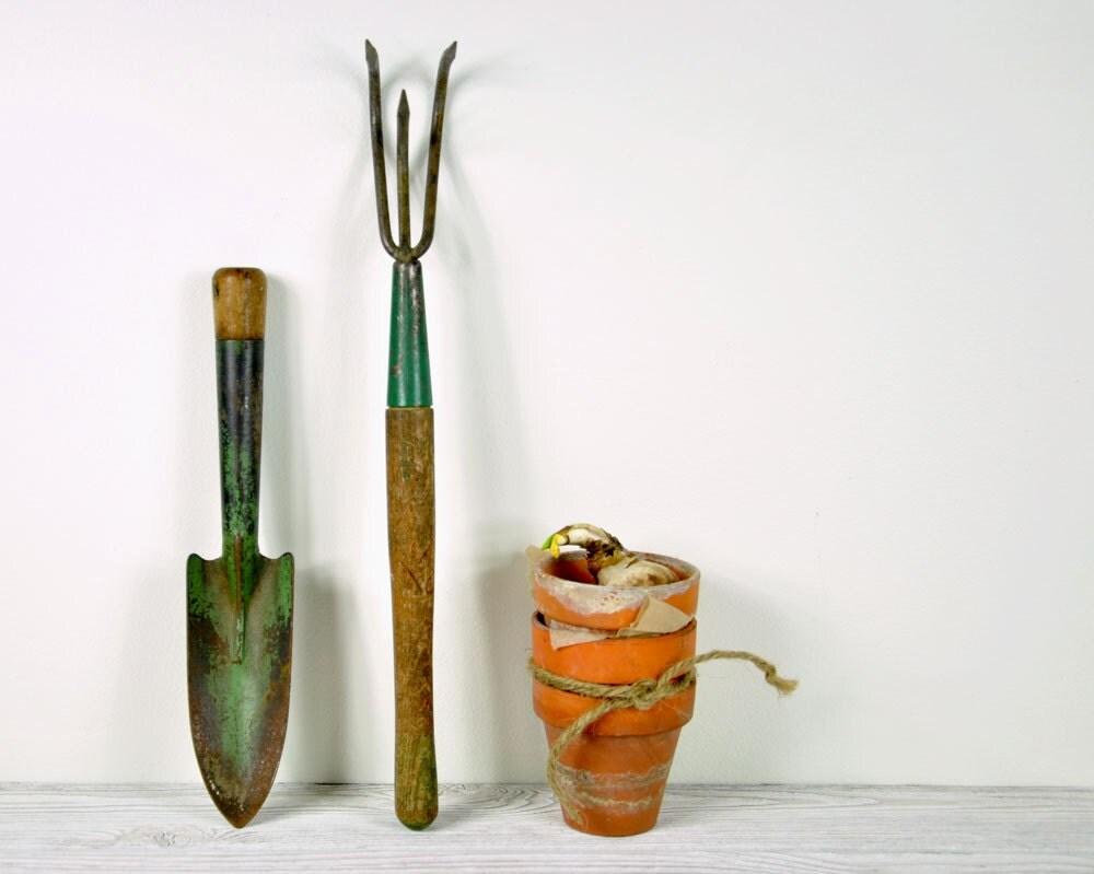 Vintage set of rustic garden tools gardening tools for Gardening tools vintage