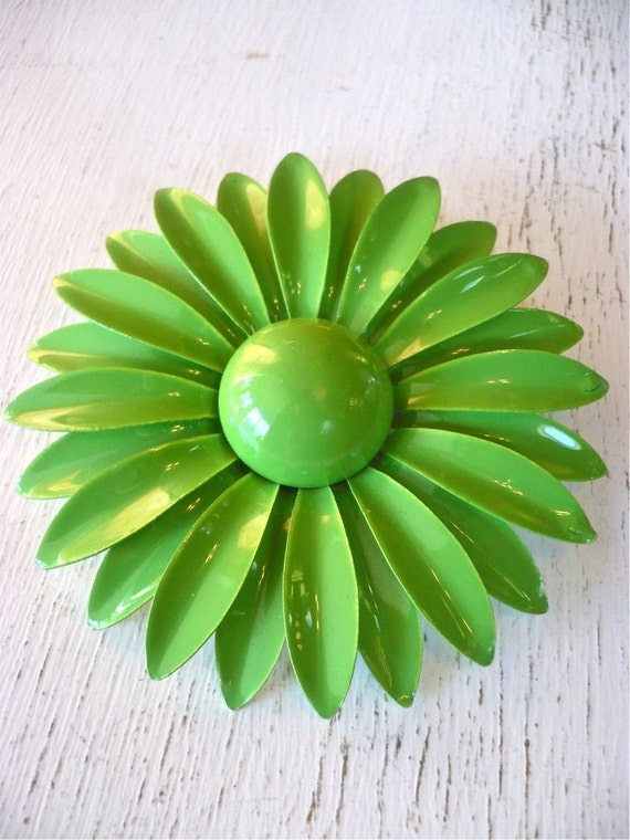 Vintage Green Enamel Flower Pin Big and Beautiful
