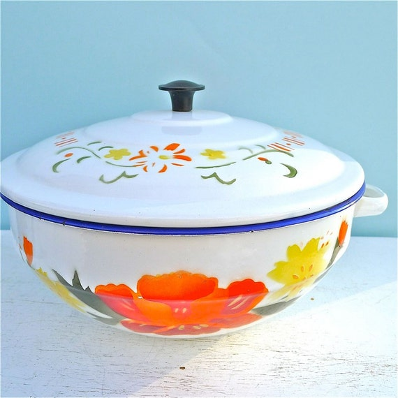 Vintage Floral Sturdy Pines Enamel Bowl with Lid Mid Century