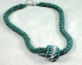 Emerald Green Seed Bead Necklace
