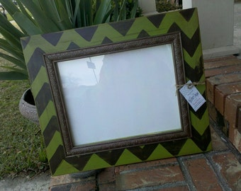 11x14 Chevron picture frame with trim set Can match your decor