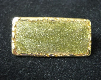 Vintage gold tone & green rectangle pin brooch