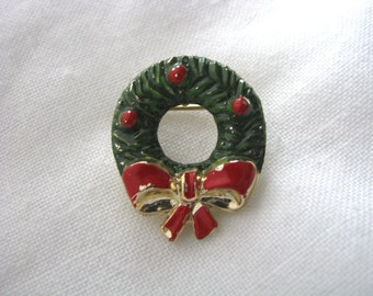 Petite green enamel Christmas Holiday wreath pin with red ribbon