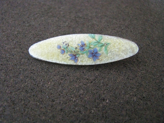Charming vintage oval yellow  enamel pin with periwinkle blue flowers