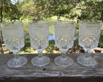 Vintage Wedding table setting decor Anchor Hocking clear Wexford press criss cross Claret Wine Glasses set of 4 easter table