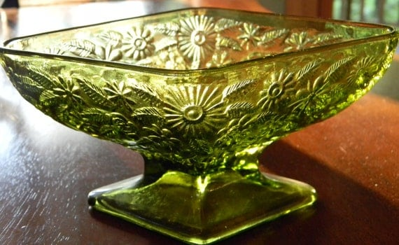 Vintage Indiana Glass Olive Green Pineapple Floral Pattern Glass footed compote