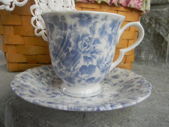 Vintage Wedding Table Setting Nikko Tea Cup and Saucer Blossomtime Tea Roses Blue Floral teatime