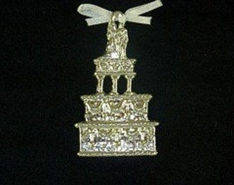 Wedding cake pewter ornament