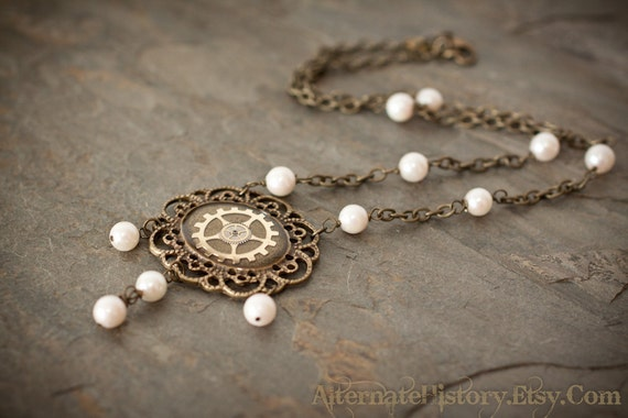 Elegant Steampunk Necklace - Gears in Resin with Swarovski Pearls