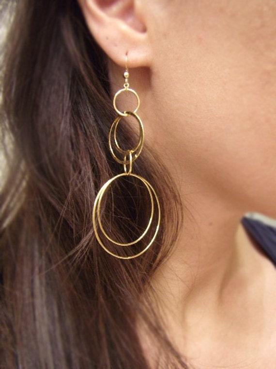 Gold Hoop Earrings - Geometric Shaped Earrings - Interlinking Circles - Cosmic Connection