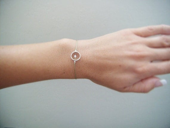 Sterling Silver Circle with Floating Ball Wish Bracelet - Friendship Bracelet - Charm Bracelet - Gifts for Her Under 20 Dollars