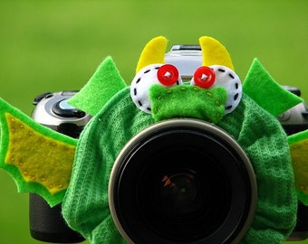 Ready to Ship -- standard DRAGON Lens Pet for your camera