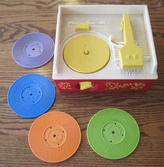 1971 Fisher Price Music box Record Player with 4 records Vintage