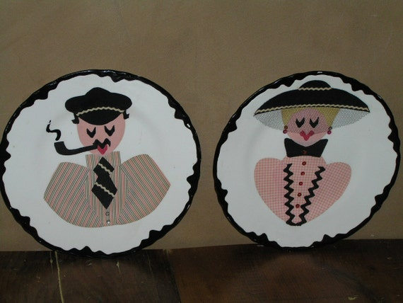 Vintage Pair of Plates - Man and Woman
