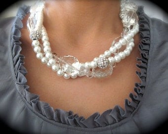 Rhinestone Crystal Pearl Twisted necklace