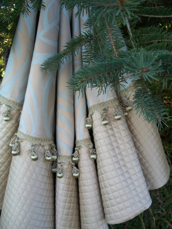 Off metallic gold and bliue tasseled christmas tree skirt