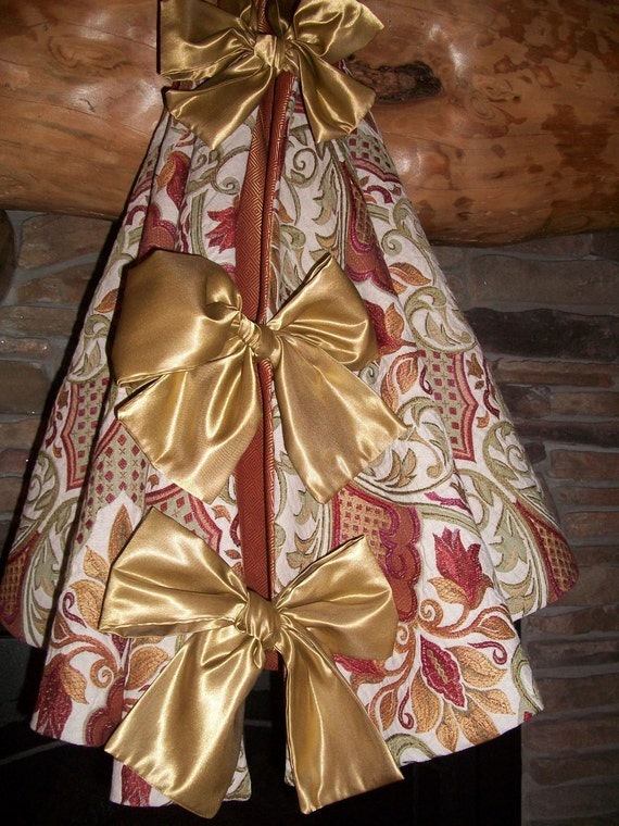 Anthropologie Inspired  Heavily Embroidered Christmas Tree Skirt 2012 Collection