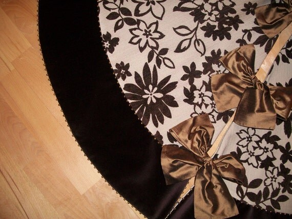 """56"""" Luxurious Chocolate Velvet Reversible Christmas Tree Skirt  2012 Collection READY TO SHIP"""