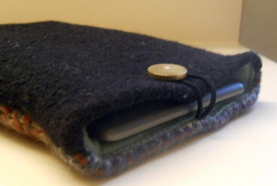 Cover Case for Kindle, Kindle Fire, Nook  e-reader - fleece lined, felted wool with pocket.  Made from recycled sweaters.