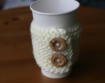 CLEARANCE -- Chunky cup cozy in cream