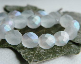 Matte Faceted Round Beads, Czech glass beads, fire polished 8mm, Matte Crystal with Matt AB Finish (20pcs)