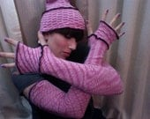 Super Soft Pink Zig-Zaggy Striped Hat and Arm Warmers Set