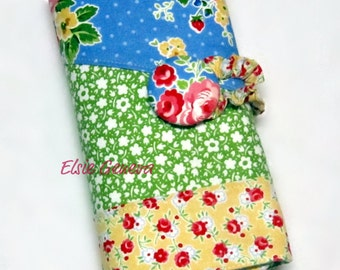 Knitting Case Vintage Blue Green Pink & Red Roses Spill Proof Interchangeable Circular and/or DPN Organizer Sewn in Zipper Pocket