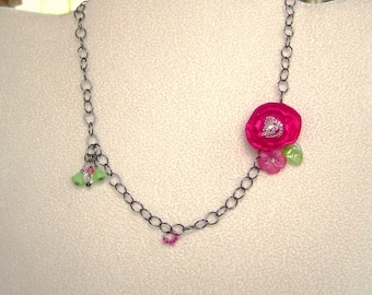 Girls Fuschia Flower Necklace