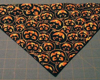 Halloween Dog Bandana - Jack o'lantern, pumpkin, fall, autumn, dog costume