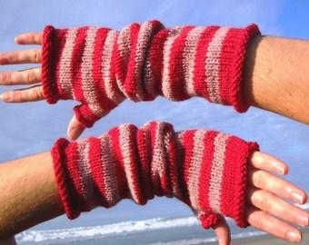 Fingerless Gloves in Cupid's Choice