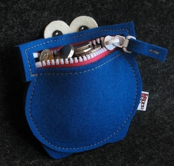 Munchmoney in Blue