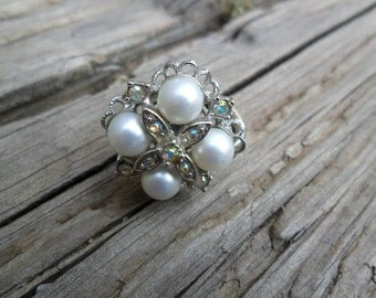 Vintage Sarah Coventry Pearl and Aurora Borealis Adjustable Ring