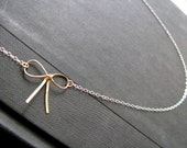 Pretty Neck - Gold filled Bow and Sterling Silver Chain