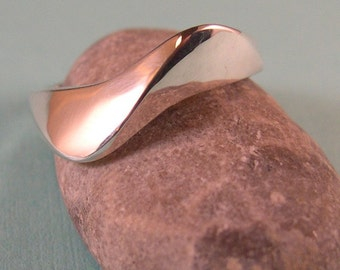 Single Wave Ring, Sterling silver